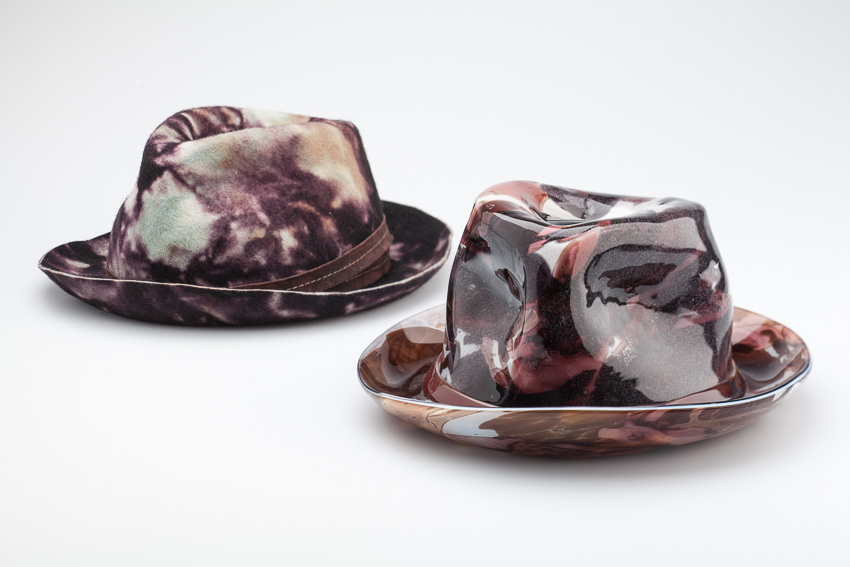 Polly Afelbaum, I Tip My Hat to You, 2013. Venetian glass. courtesy: berengo gallery